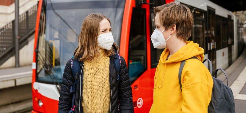 Im ÖPNV müssen medizinische Masken getragen werden
