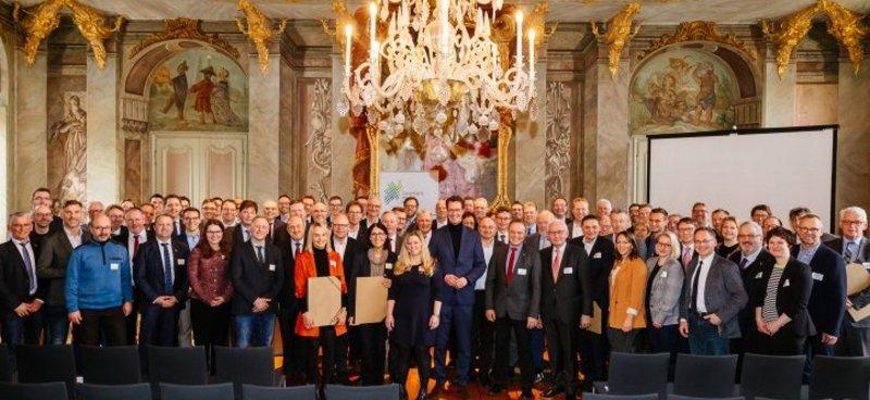 54 neue Mitglieder für das Zukunftsnetz Mobilität NRW