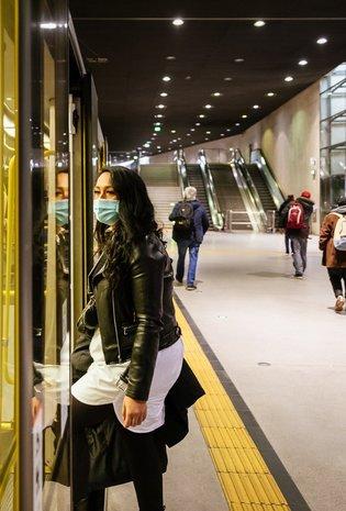 Fahrgäste dürfen ÖPNV mit OP-Masken nutzen